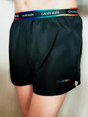 Dámské šortky Calvin Klein KW01349