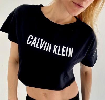 Dámské triko Calvin Klein KW01346 crop top