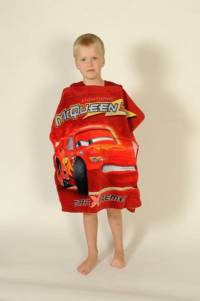 Dětské bavlněné pončo - Cars červené