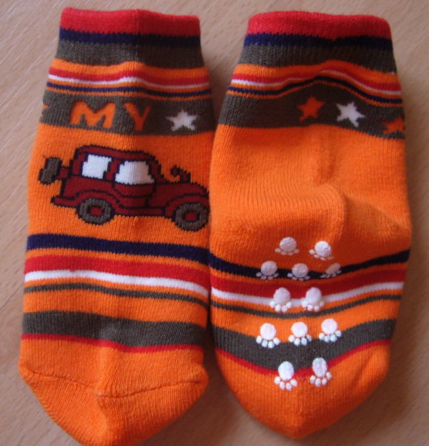 Dětské ponožky Novia - autíčko s protiskluzem