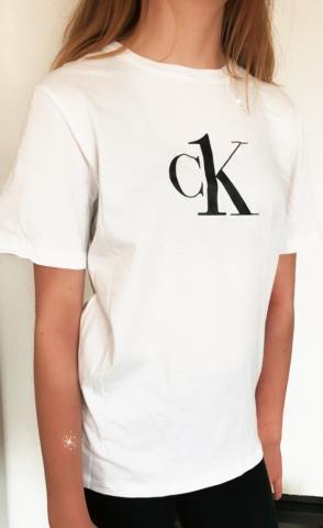 Dětské triko Calvin Klein B700327